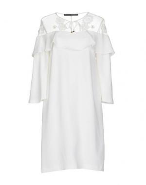 Короткое платье ANNARITA N. Цвет: белый