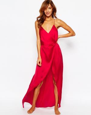 Атласное платье-комбинация макси ASOS. Цвет: красный
