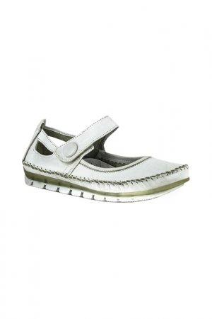 Туфли закрытые HCS. Цвет: белый