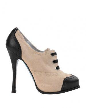 Обувь на шнурках DSQUARED2. Цвет: бежевый