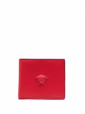 Бумажник с декором Medusa Versace. Цвет: красный