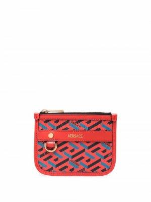 Кошелек с принтом Greca Versace. Цвет: красный
