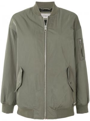 Куртка-бомбер Calvin Klein Jeans. Цвет: зелёный
