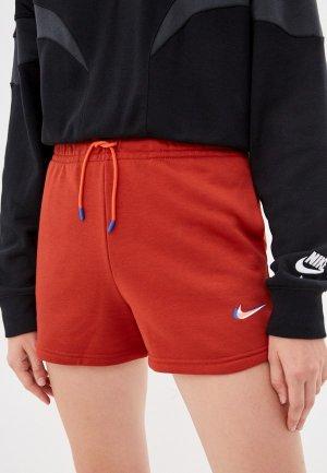 Шорты спортивные Nike W NSW ESSNTL SHORT PRNT. Цвет: красный