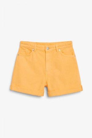 Джинсовые шорты с высокой посадкой Monki. Цвет: желтый
