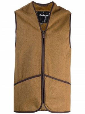 Флисовый жилет Barbour. Цвет: коричневый