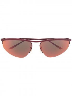 Солнцезащитные очки в овальной оправе Bottega Veneta Eyewear. Цвет: красный