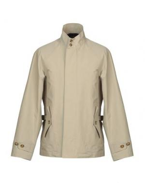 Куртка BARACUTA. Цвет: бежевый