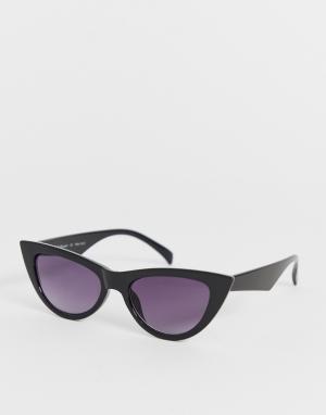 Черные солнцезащитные очки кошачий глаз AJ Morgan. Цвет: черный