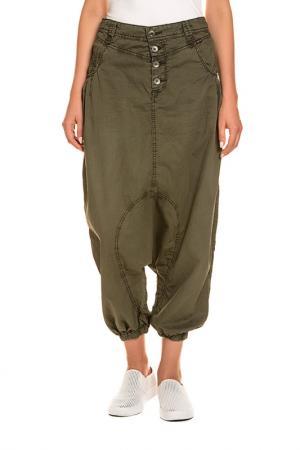 Trousers KHUJO. Цвет: green
