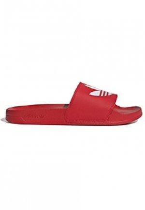 Сланцы ADIDAS. Цвет: красный