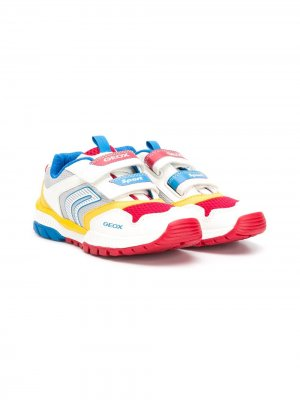 Кроссовки в стиле колор-блок с логотипом Geox Kids. Цвет: белый