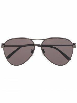 Солнцезащитные очки-авиаторы Balenciaga Eyewear. Цвет: серебристый