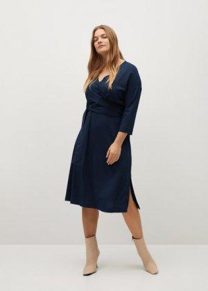 Платье с запáхом и поясом - Domin-i Mango. Цвет: темно-синий