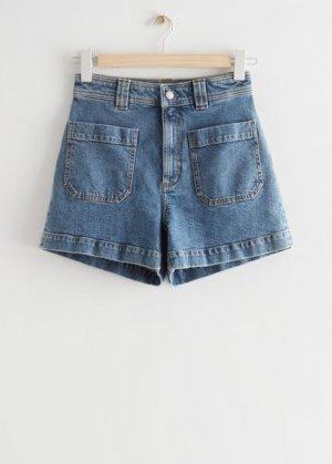 Джинсовые шорты с накладными карманами &Other Stories. Цвет: синий