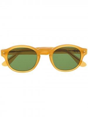 Солнцезащитные очки в круглой оправе Epos. Цвет: желтый