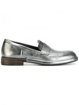 Лоферы на контрастной каблуке Del Carlo. Цвет: золотистый