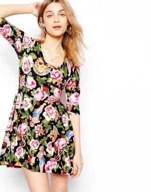Платье с цветочным принтом Angelic Joyrich. Цвет: черный