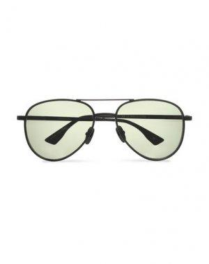 Солнечные очки LE SPECS. Цвет: черный