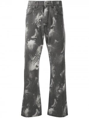 Расклешенные джинсы Manga MISBHV. Цвет: серый