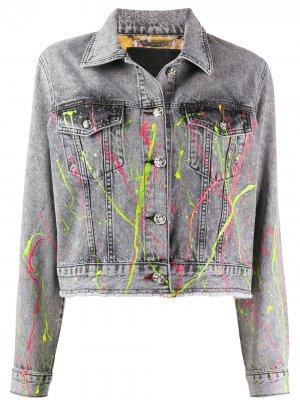 Джинсовая куртка с эффектом разбрызганной краски Philipp Plein. Цвет: серый