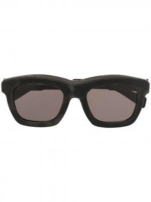 Солнцезащитные очки C2 Kuboraum. Цвет: черный