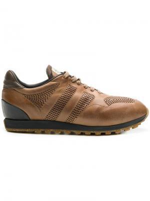 Кроссовки с перфорацией Alberto Fasciani. Цвет: коричневый
