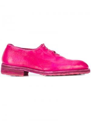 Ботинки-оксфорды с подошвой в тон Guidi. Цвет: розовый