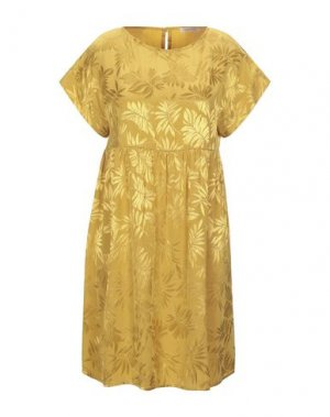 Короткое платье KARTIKA. Цвет: охра