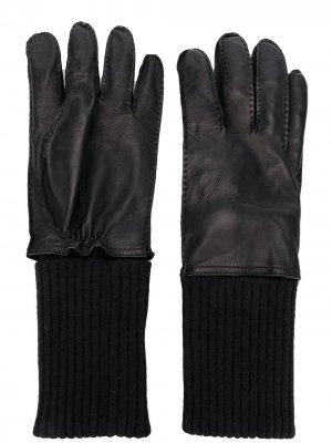 Перчатки с эластичными вставками AMI Paris. Цвет: черный