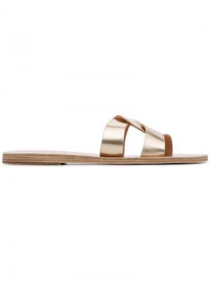 - Для нее Ancient Greek Sandals. Цвет: золотистый