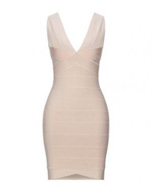 Короткое платье HERVÉ LÉGER. Цвет: песочный
