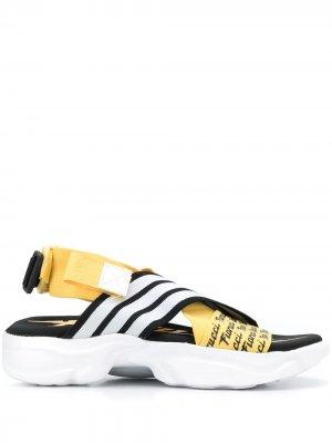 Сандалии Magmur на липучках adidas. Цвет: желтый