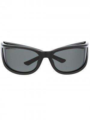 Солнцезащитные очки в оправе кошачий глаз с логотипом Balenciaga Eyewear. Цвет: черный