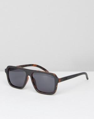 Солнцезащитные очки в черной черепаховой оправе Vans. Цвет: черный