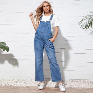 Рваный джинсовый комбинезон с карманом без футболки для беременных SHEIN. Цвет: синий цвет средней стирки