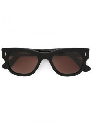 Солнцезащитные очки с квадратной оправой Cutler & Gross. Цвет: черный