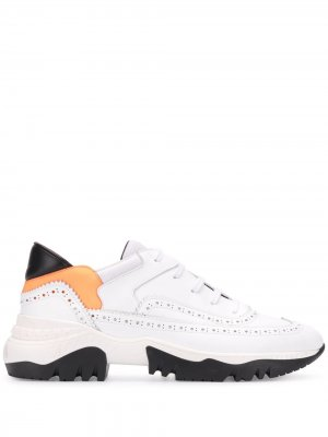 Кроссовки с перфорацией A.F.Vandevorst. Цвет: белый