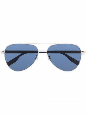 Солнцезащитные очки-авиаторы с затемненными линзами Montblanc. Цвет: серебристый