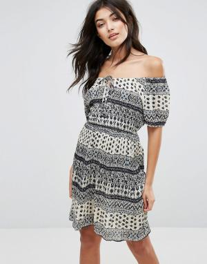 Пляжное платье с принтом Anmol. Цвет: мульти