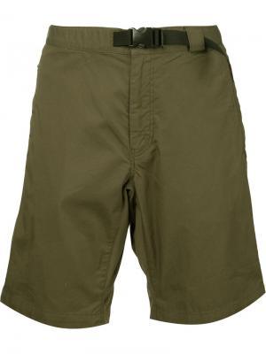 Шорты-бермуды Battenwear. Цвет: зелёный