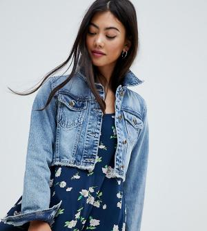 Укороченная джинсовая куртка Brave Soul Petite. Цвет: синий