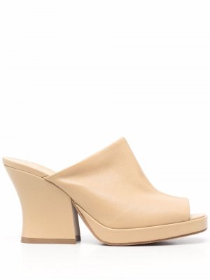100mm block-heel mules Bottega Veneta. Цвет: нейтральные цвета