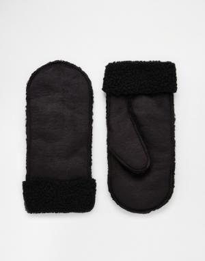 Черные варежки на меху ASOS. Цвет: черный