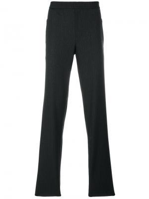 Классические брюки Emporio Armani. Цвет: серый