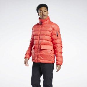 Утепленная куртка-бомбер Outerwear Urban Reebok. Цвет: cherry