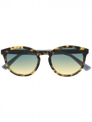 Солнцезащитные очки в оправе черепаховой расцветки Diesel. Цвет: нейтральные цвета