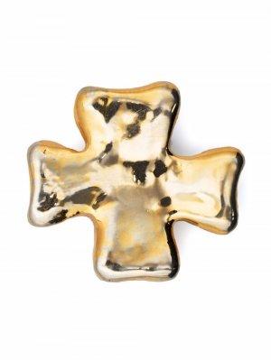 Брошь 1980-х годов в виде креста Christian Lacroix Pre-Owned. Цвет: золотистый