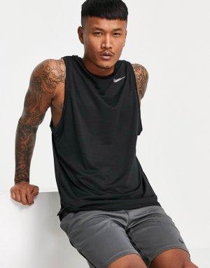 Черный жилет Superset Nike