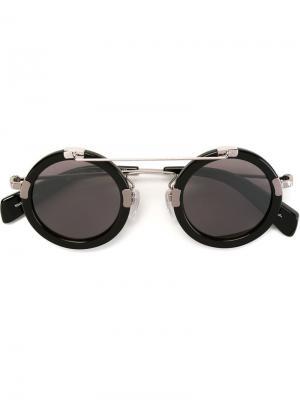 Солнцезащитные очки с круглой оправой Yohji Yamamoto. Цвет: чёрный